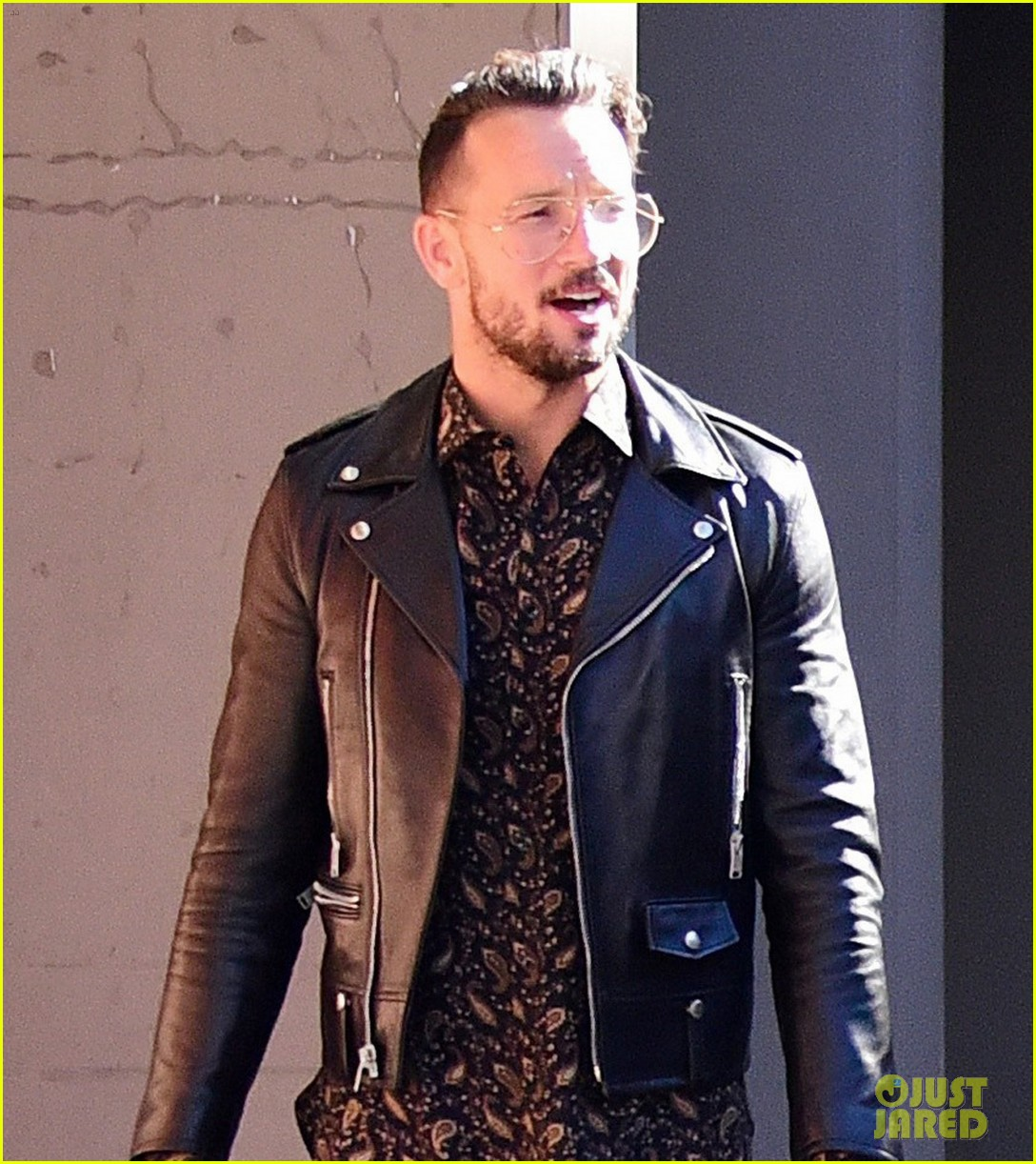 Justin Bieber S Pastor Carl Lentz Is Ridiculously Hot Photos Photo 3934675 Carl Lentz Justin Bieber Pictures Just Jared