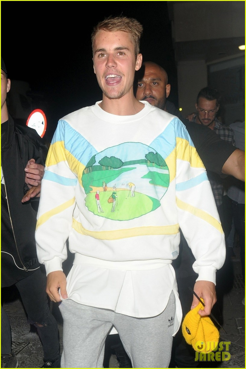 justin bieber hits the town for a night out033922429