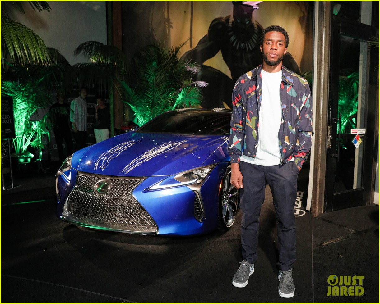 chadwick boseman reunites with black panther lexus at comic con 013931959
