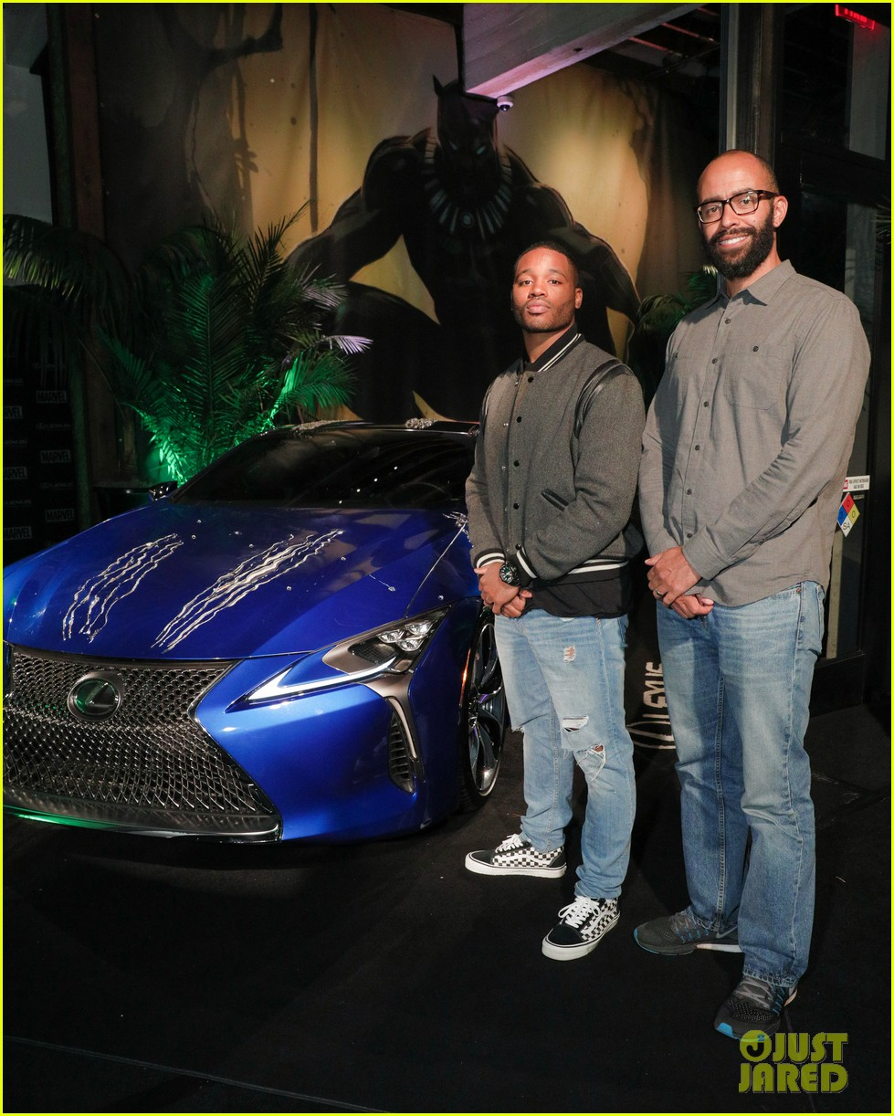 chadwick boseman reunites with black panther lexus at comic con 113931969