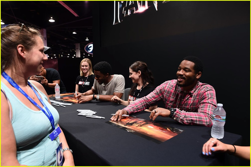 black panthers chadwick boseman meets fans at d23 expo 023928401