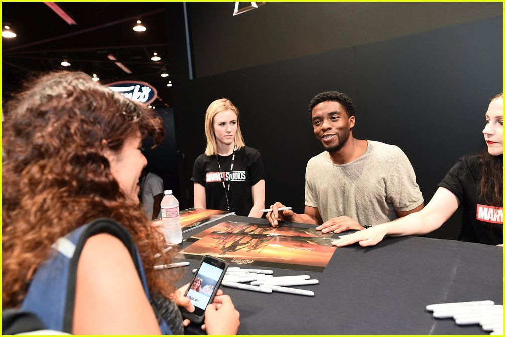 black panthers chadwick boseman meets fans at d23 expo 143928413