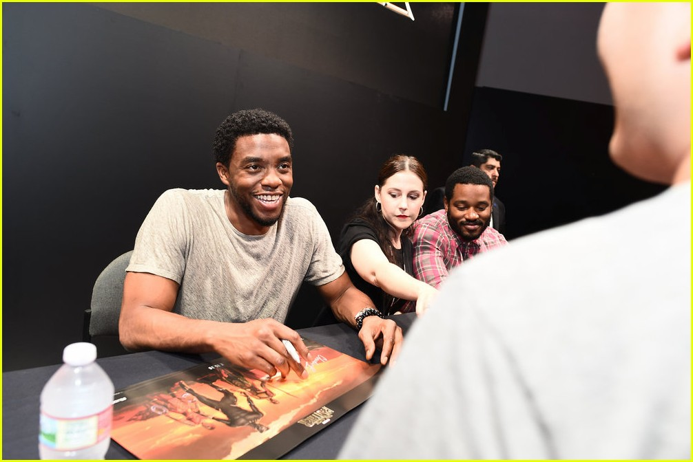 black panthers chadwick boseman meets fans at d23 expo 153928414