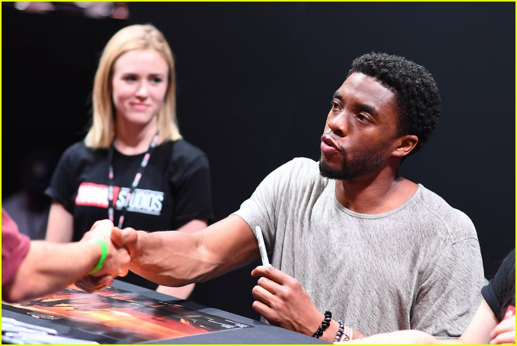 black panthers chadwick boseman meets fans at d23 expo 263928425