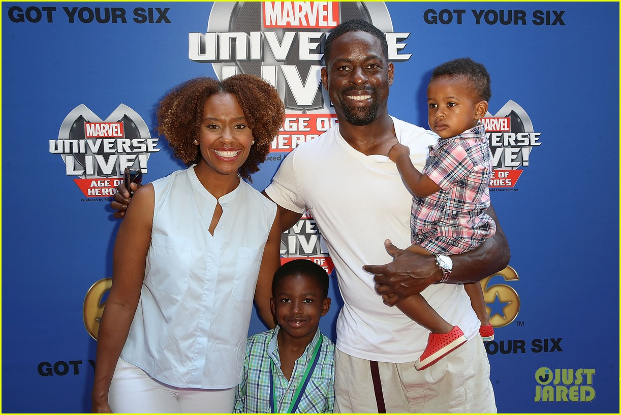 sterling k brown flexes huge biceps at marvel universe live 023925178