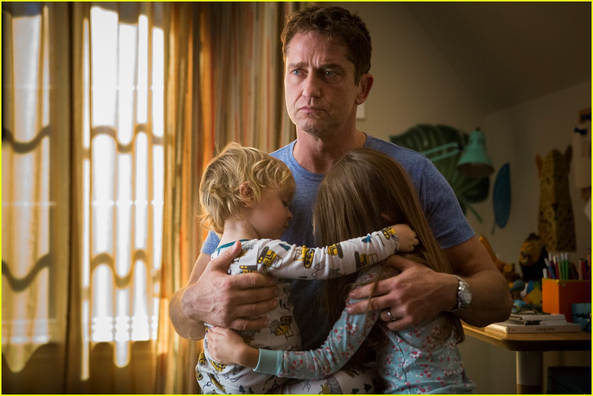 gerard butler family man stills 123930069