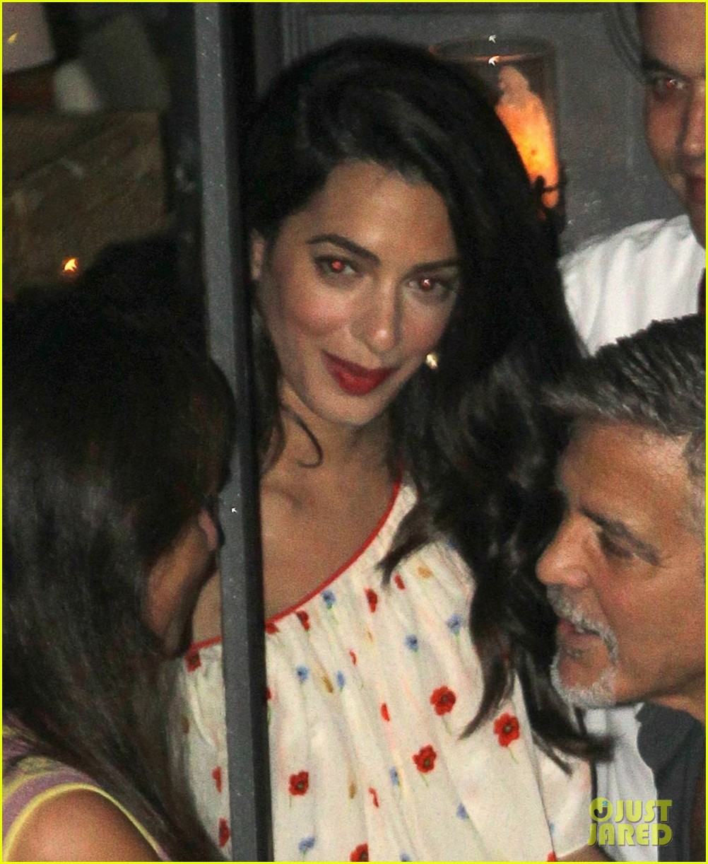 new parents george amal clooney dine with friends in italy 023926365