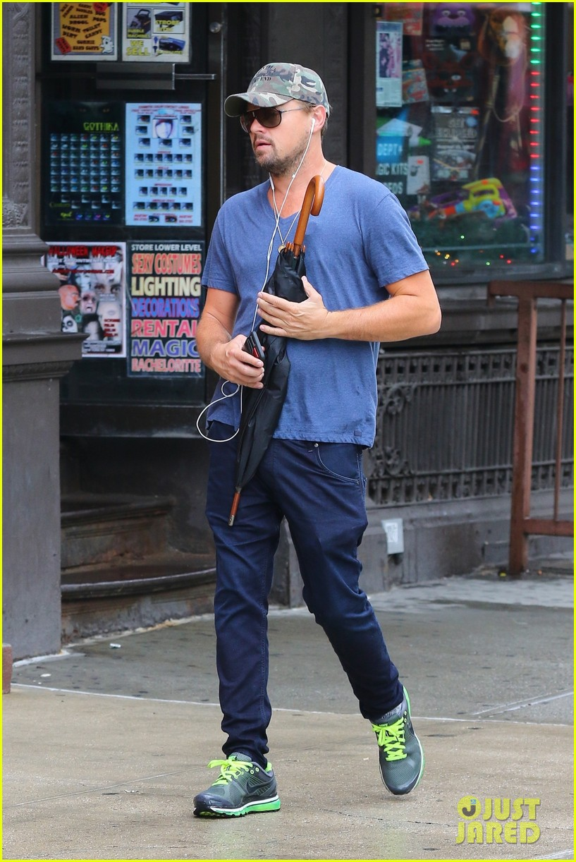 leonardo dicaprio steps out after announcing new movie with martin scorsese 043928262