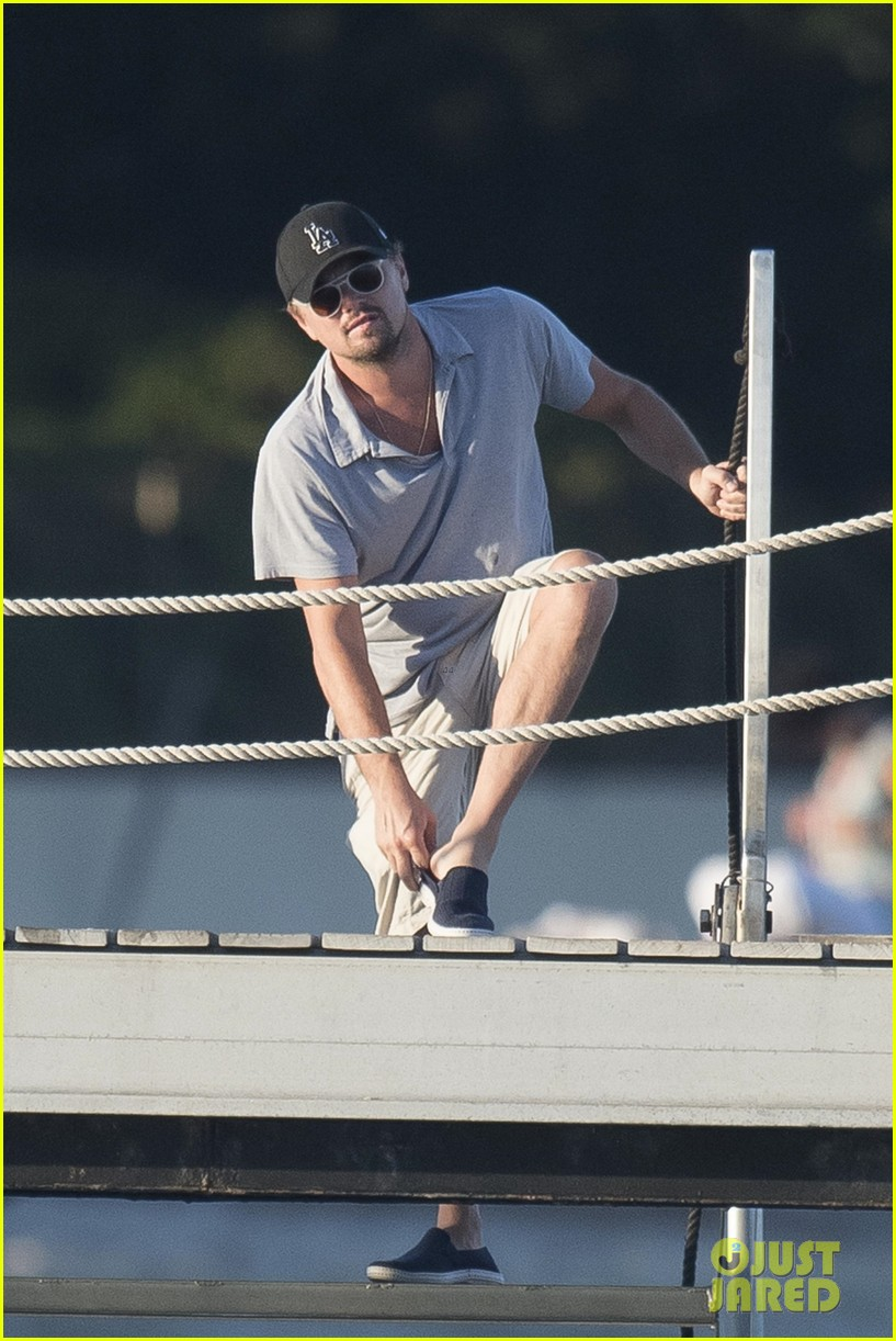 leonardo dicaprio tobey maguire relax on a yacht in st tropez 033934465