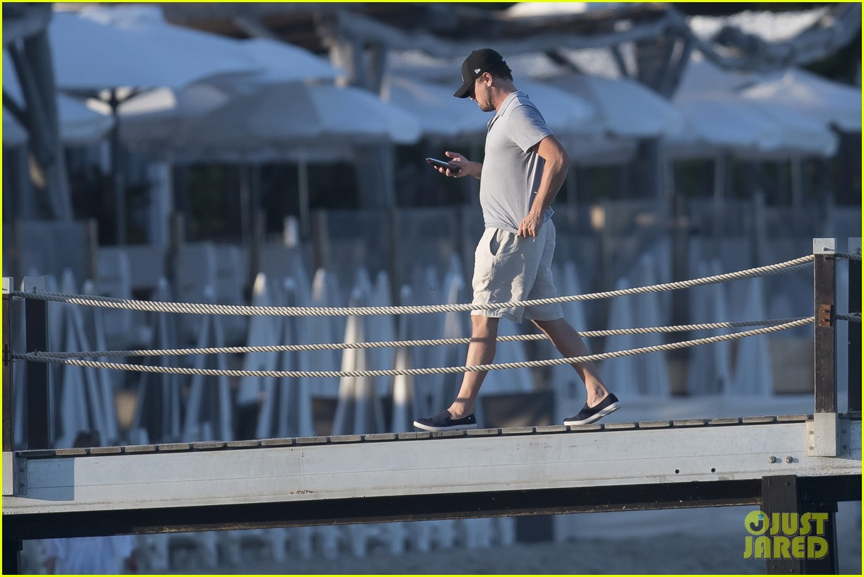 leonardo dicaprio tobey maguire relax on a yacht in st tropez 043934466