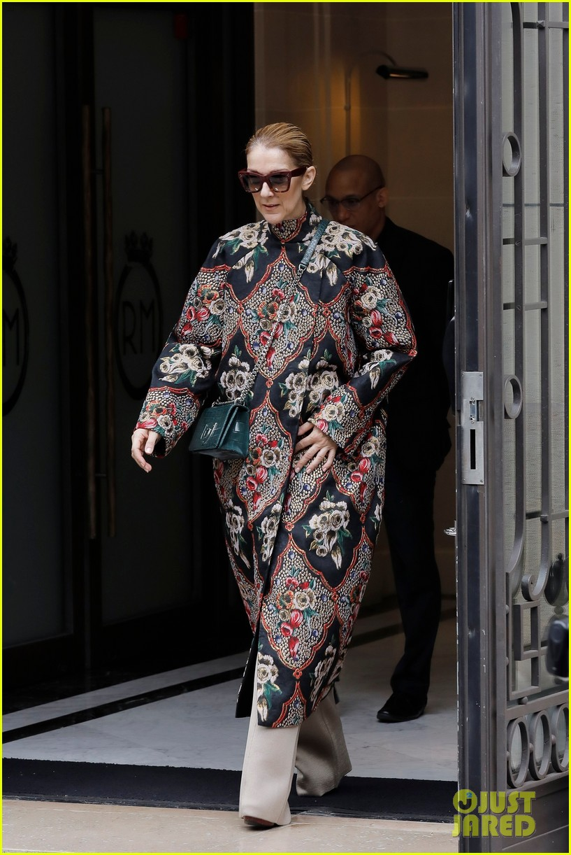 celine dion shows off her style ahead of berlin concert 093933553