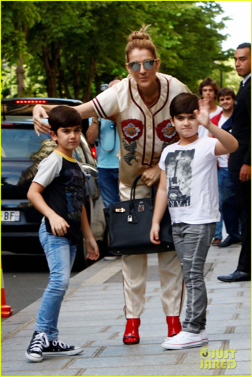 Celine Dion Amp Her Twin Boys Pose For Cute Photos In Paris