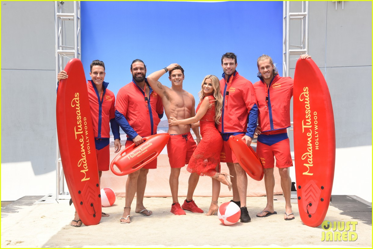 zac efron has a shirtless wax figure it visited the beach 083928831