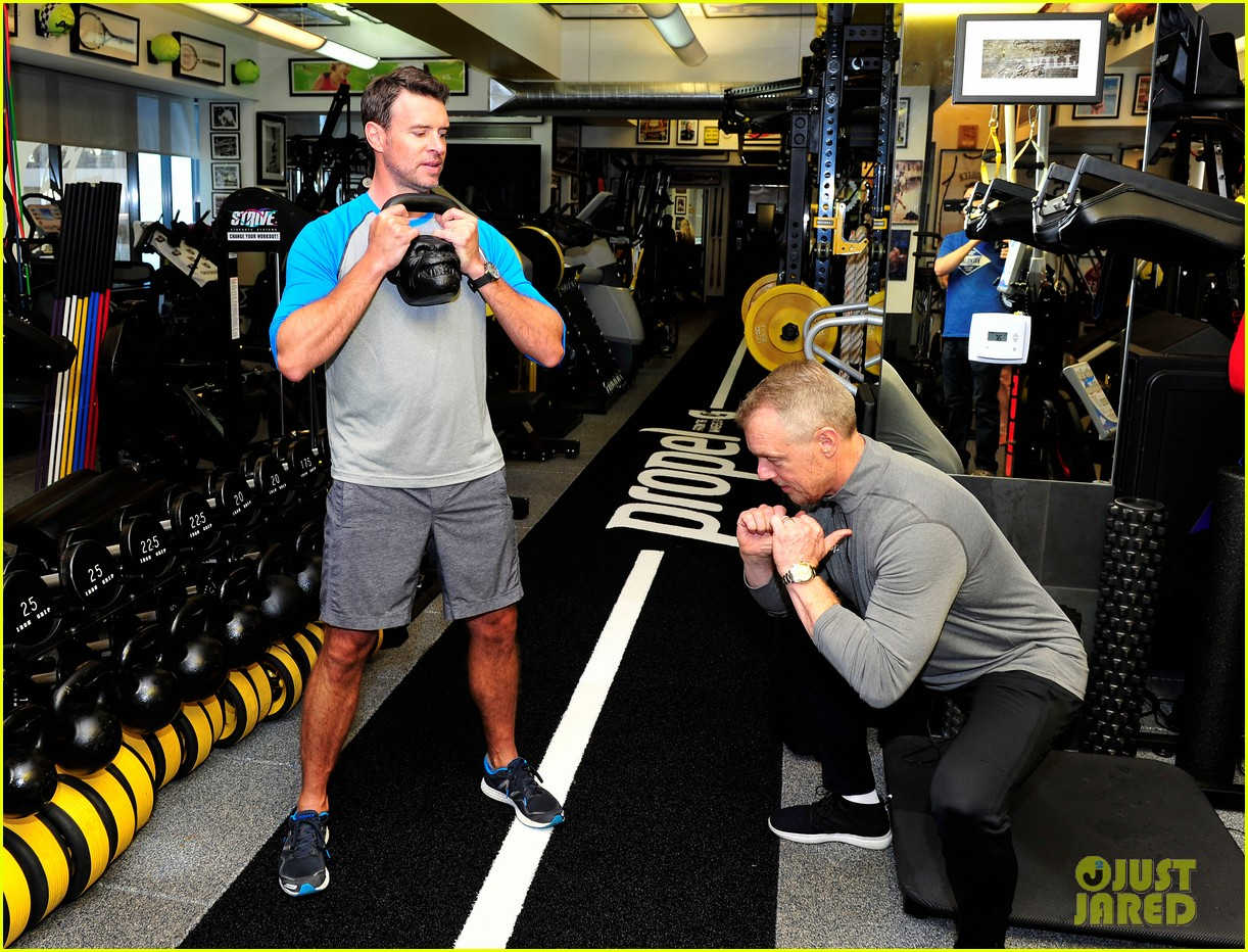scott foley takes us into his workout with gunnar peterson 033933870