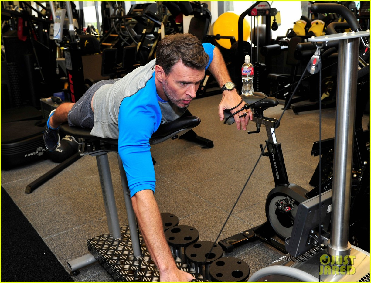 scott foley takes us into his workout with gunnar peterson 043933871