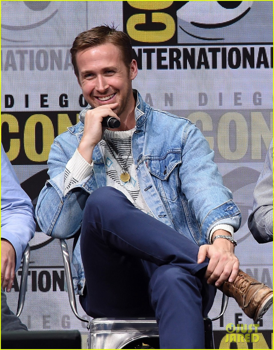 ryan gosling jared leto blade runner 2049 comic con 013932116