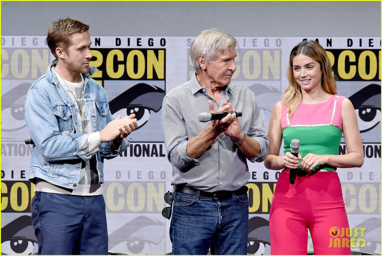 ryan gosling jared leto blade runner 2049 comic con 053932120