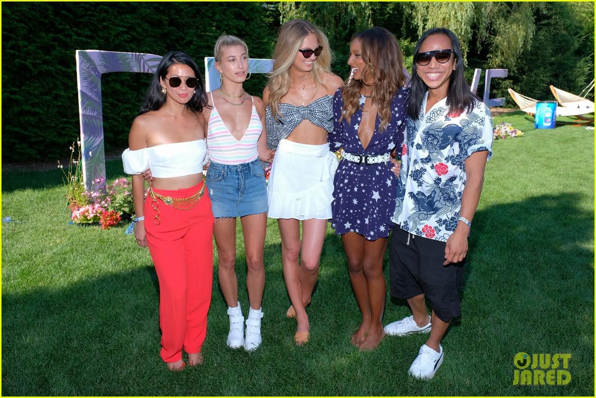 hailey baldwin revolve fourth of july party 033923861