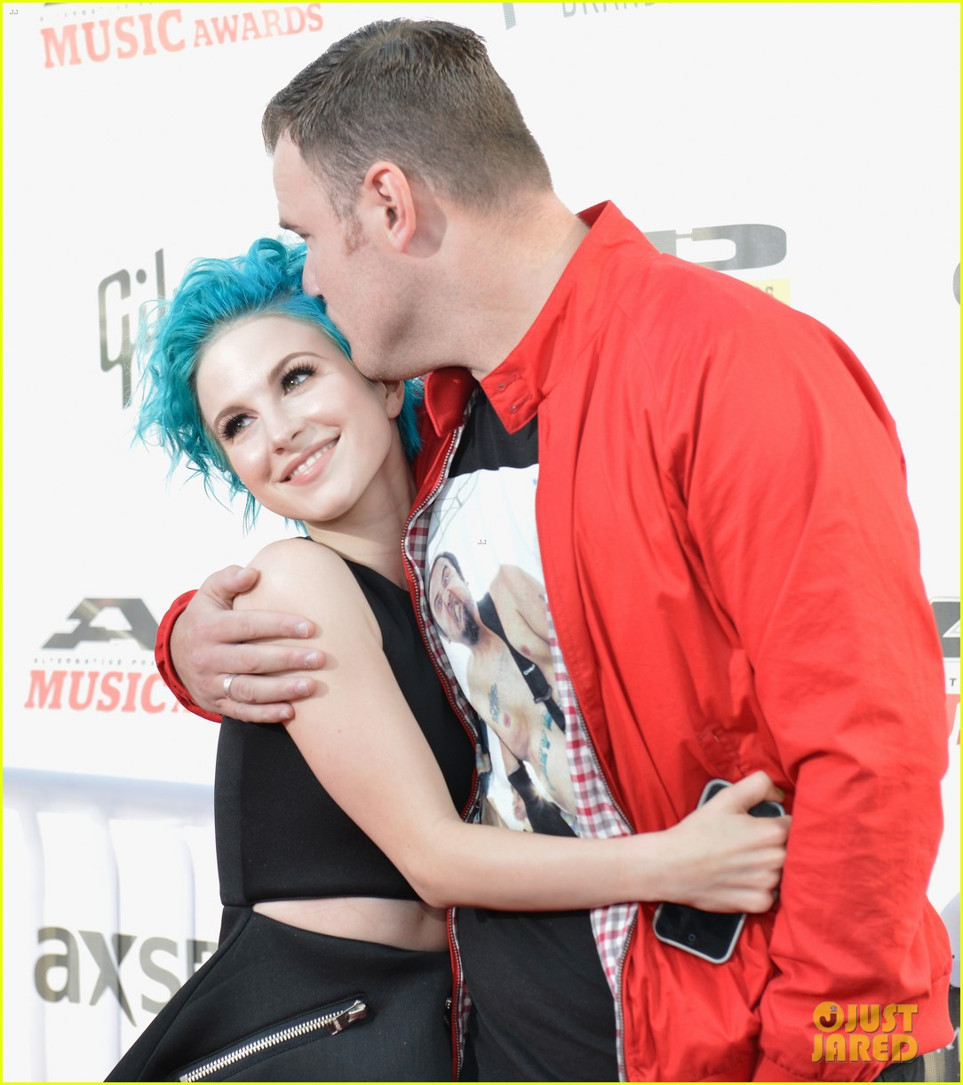 paramores hayley williams splits from husband chad gilbert 043922251