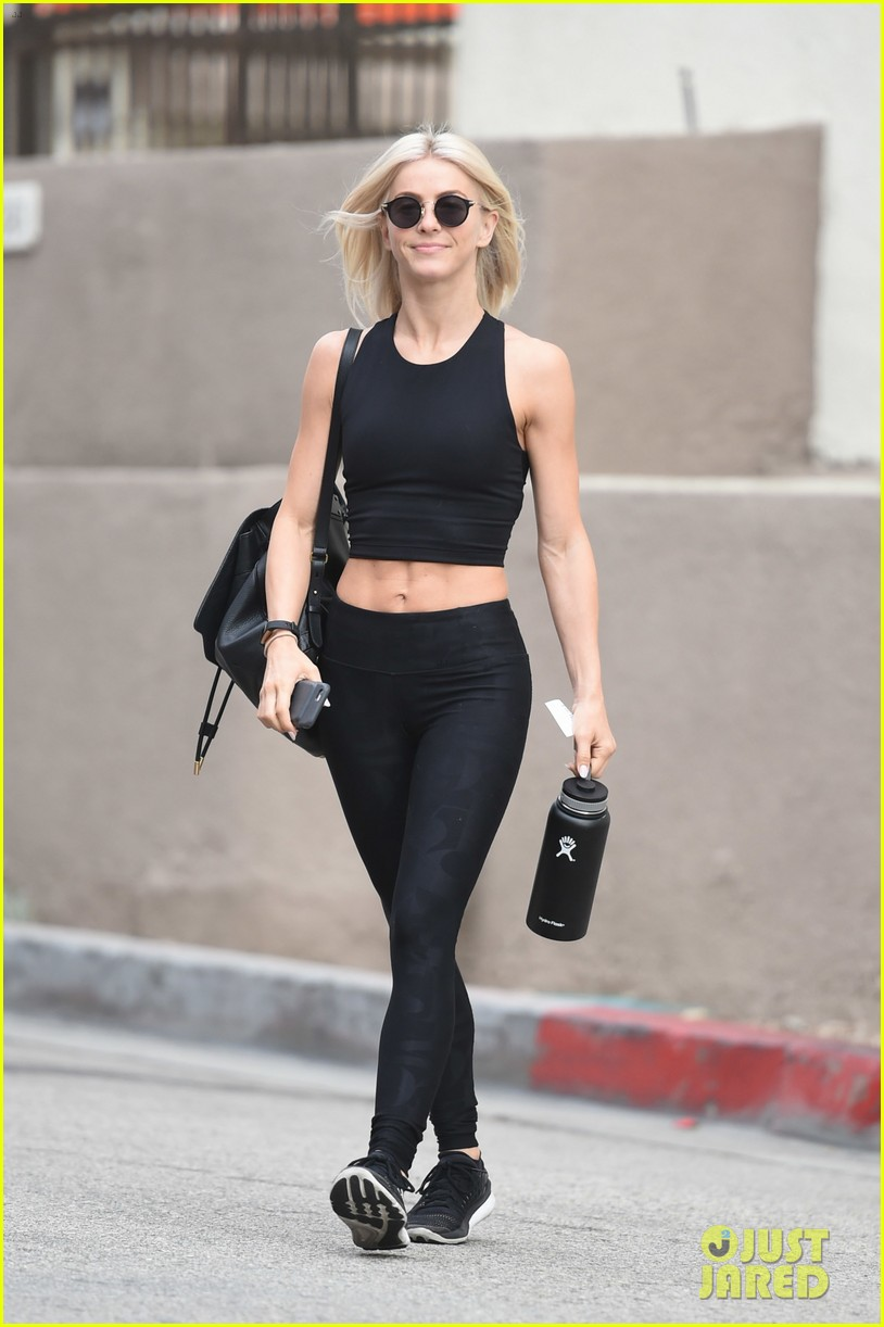 julianne hough six pack abs gym 153923231