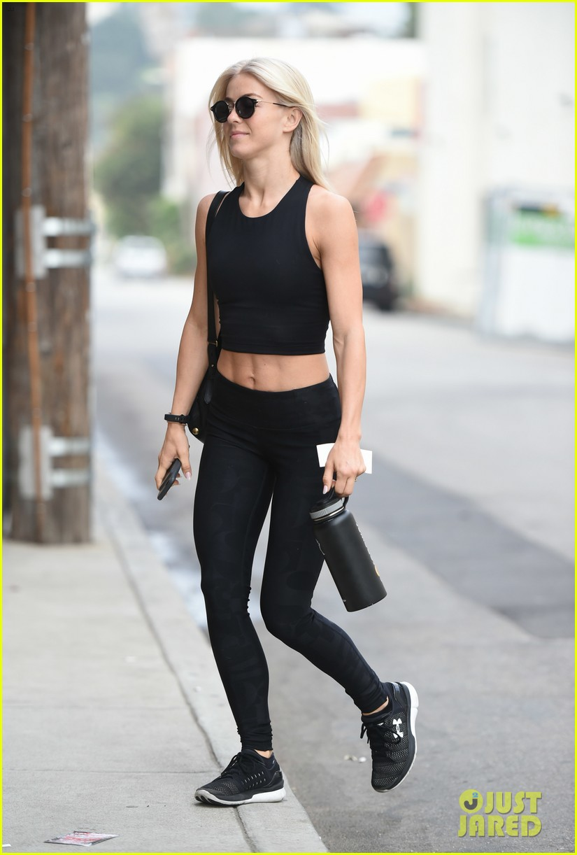 julianne hough six pack abs gym 333923249