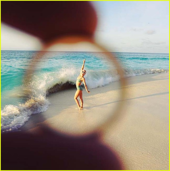 julianne hough brooks laich share honeymoon photos 053929353