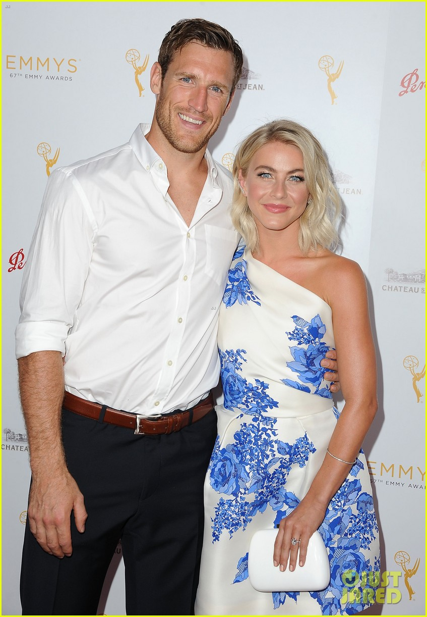 julianne hough marries hockey player brooks laich 013925258