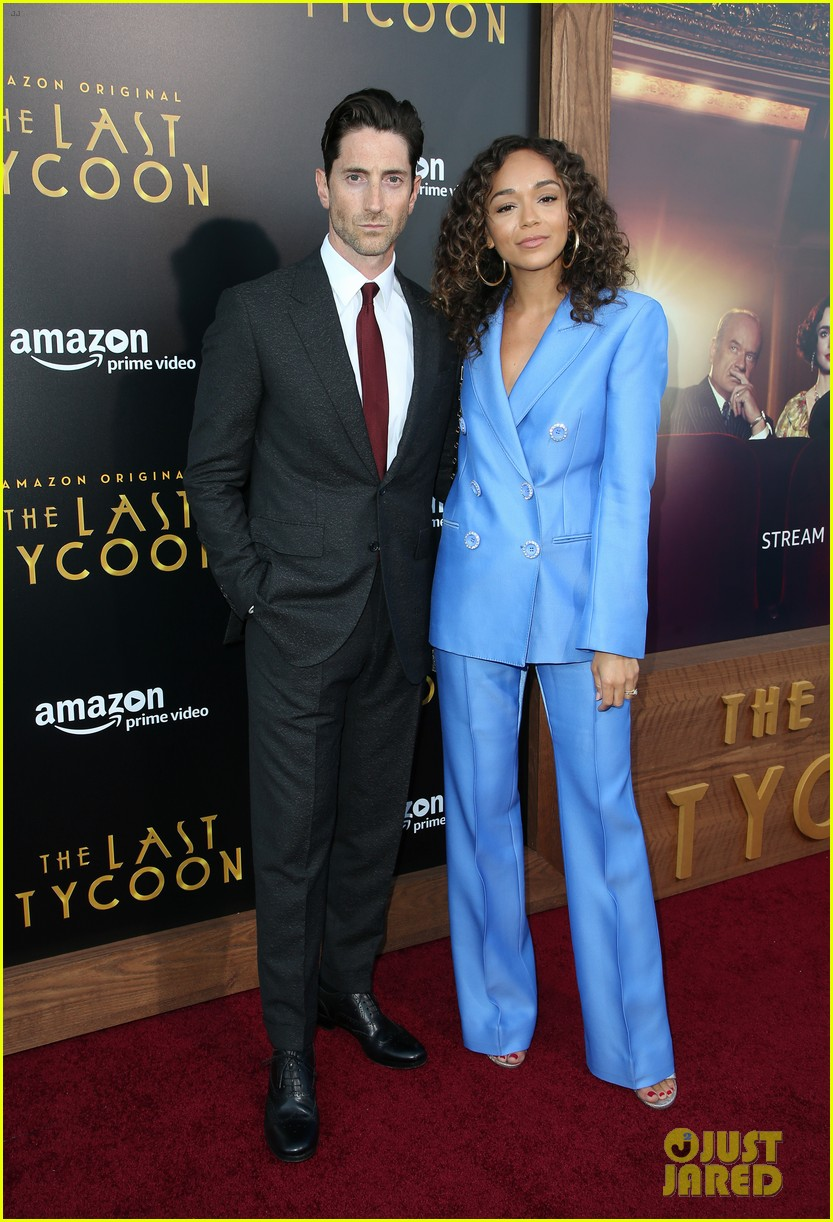 jaime king ashley madekwe support iddo goldberg last tycoon 033934921