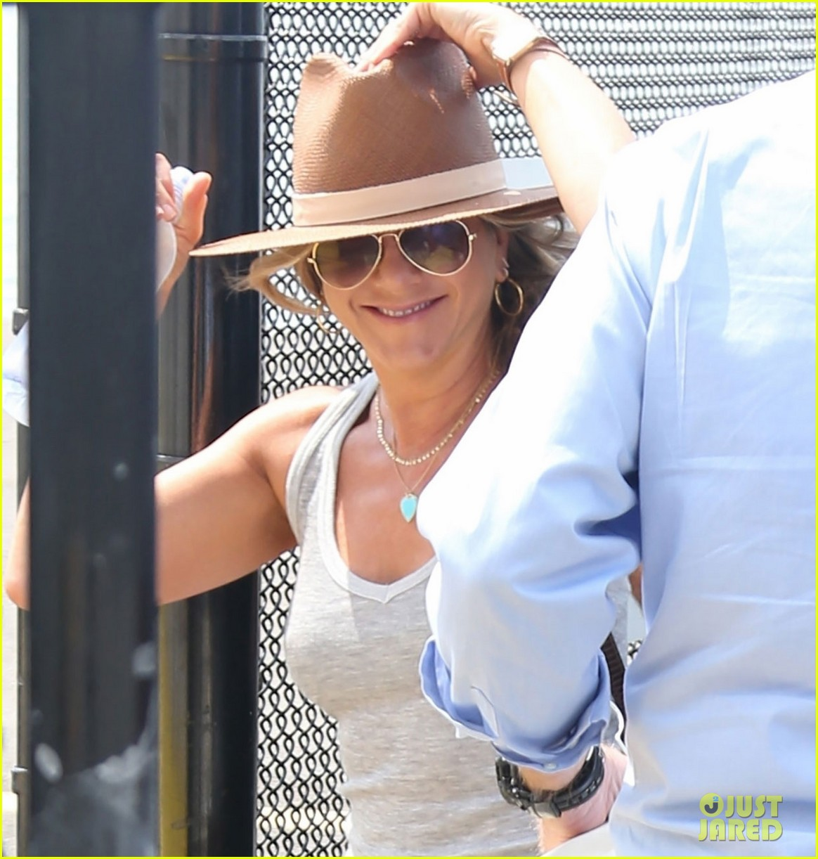 jennifer aniston justin theroux helicopter nyc 053927058