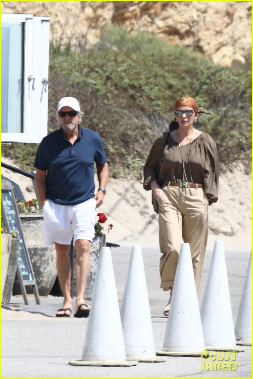 catherine zeta jones and michael douglas couple up for malibu lunch date 043926138