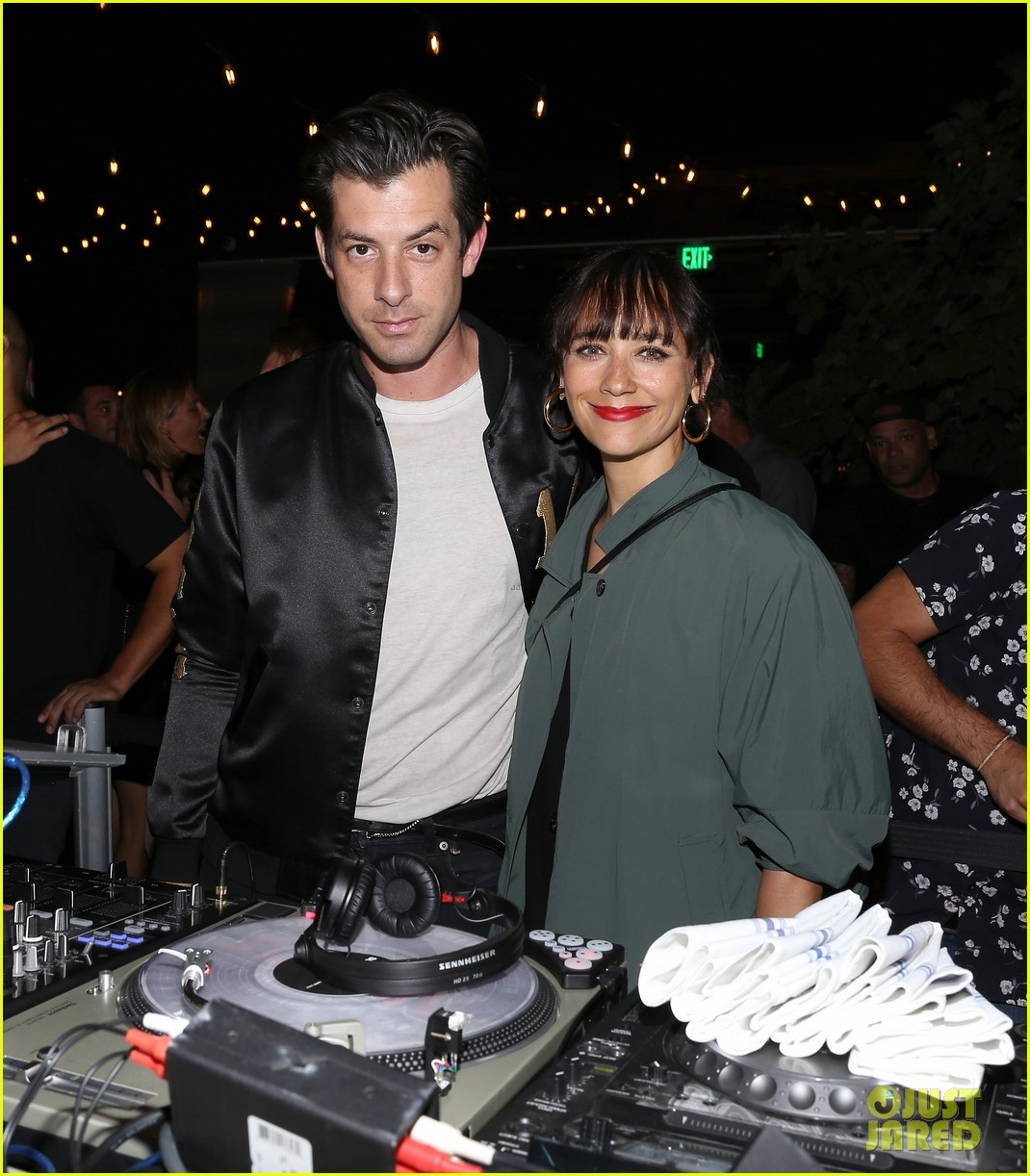 Mark ronson rashida jones