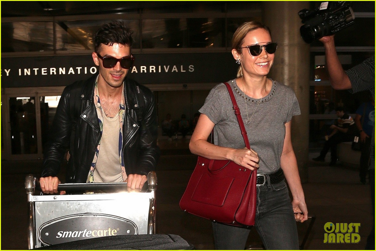 brie larson alex greenwald land in la from paris 033925290