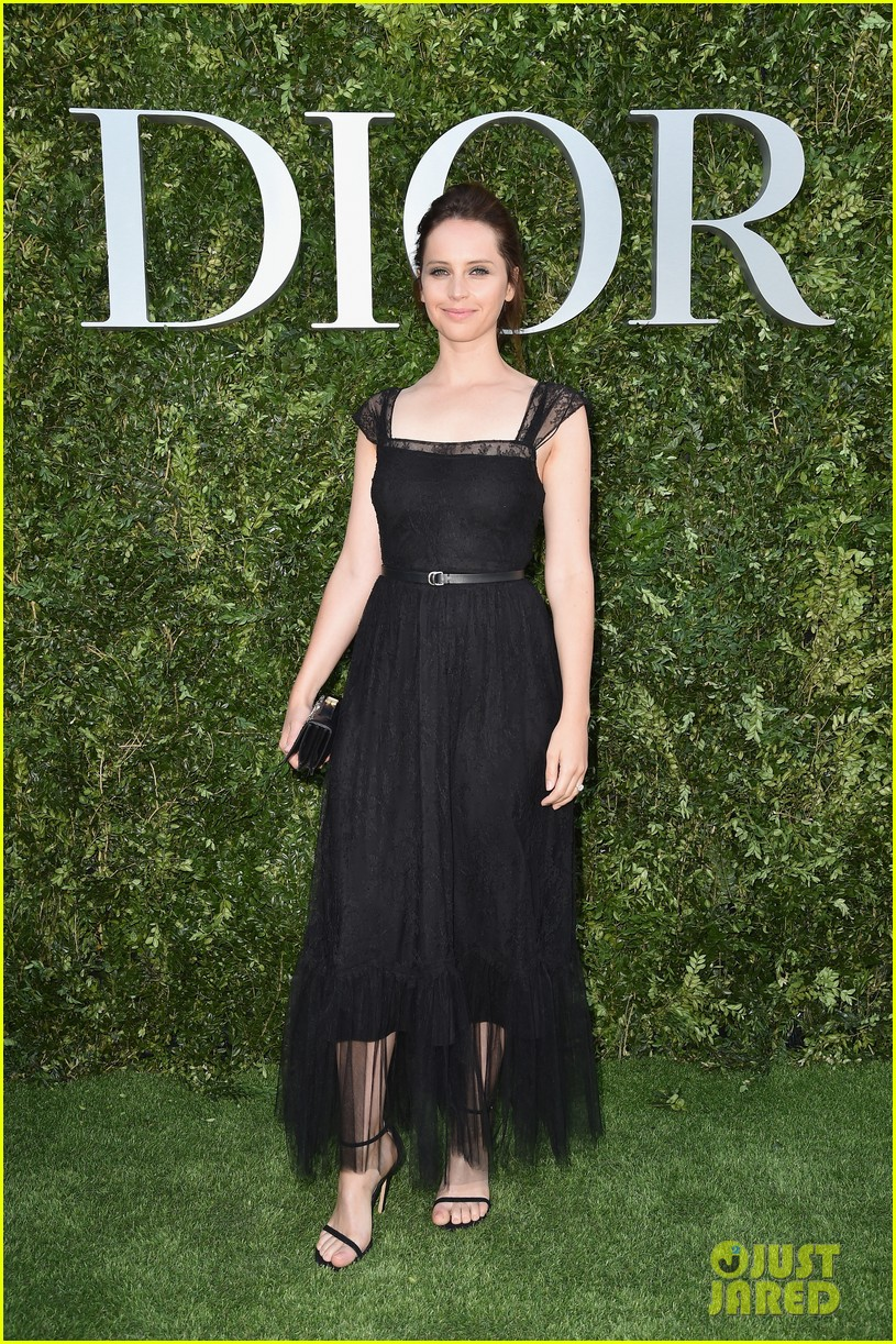 jennifer lawrence robert pattinson natalie portman dior event 053923364