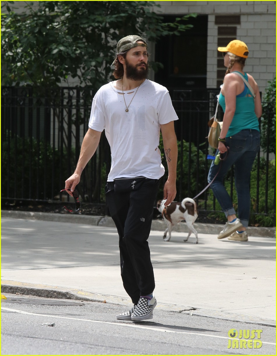 jared leto out in nyc 013932744