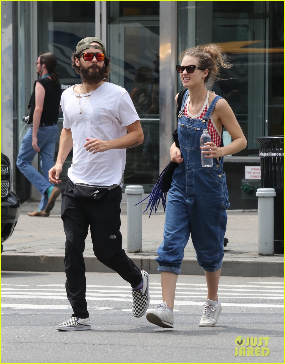 jared leto out in nyc 053932748