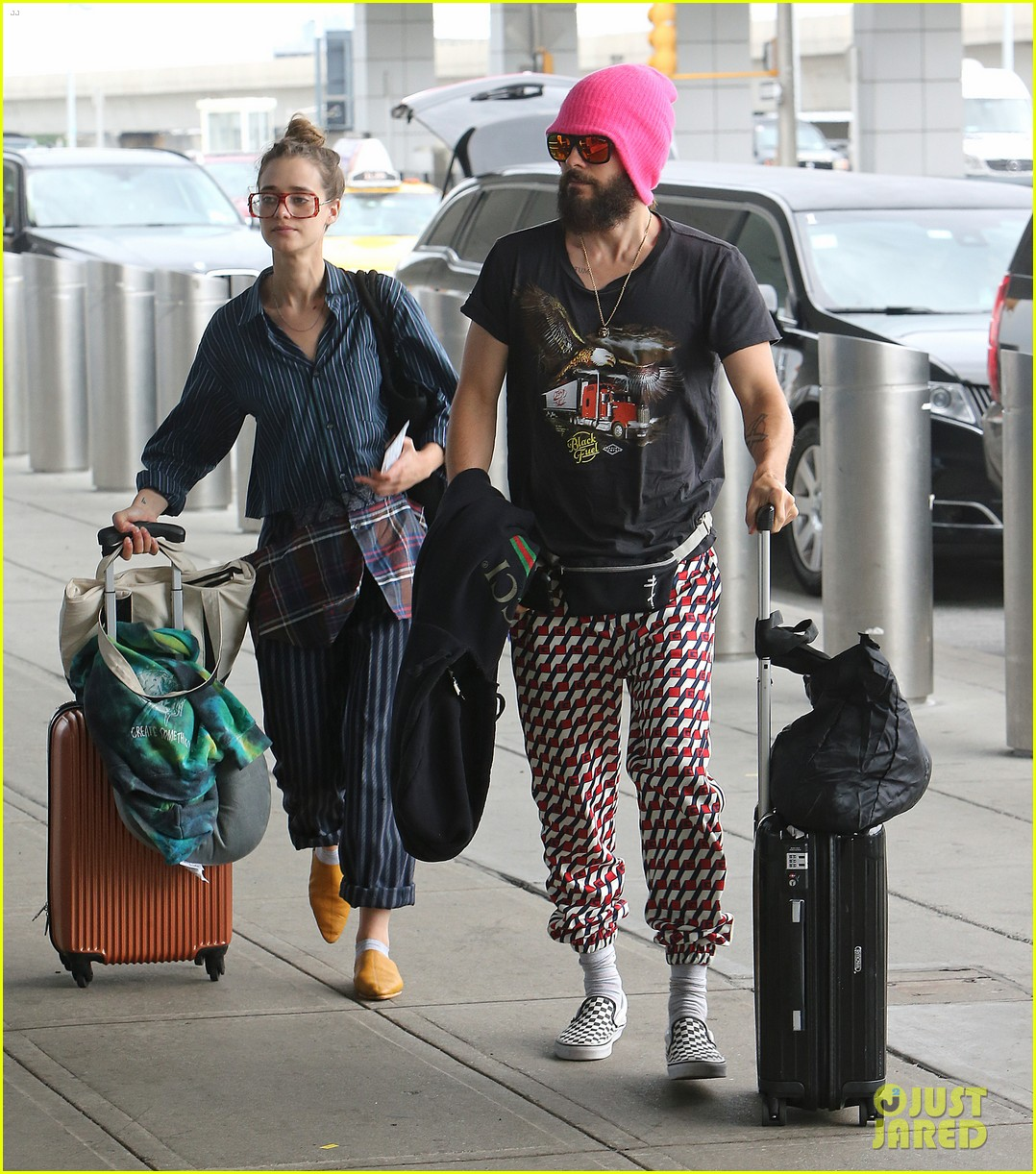 jared leto grabs lunch with rumored girlfriend valery kaufman in nyc 013933039