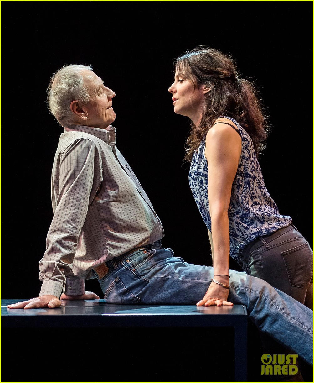mary louise parker is reprising her broadway role in la 033926578