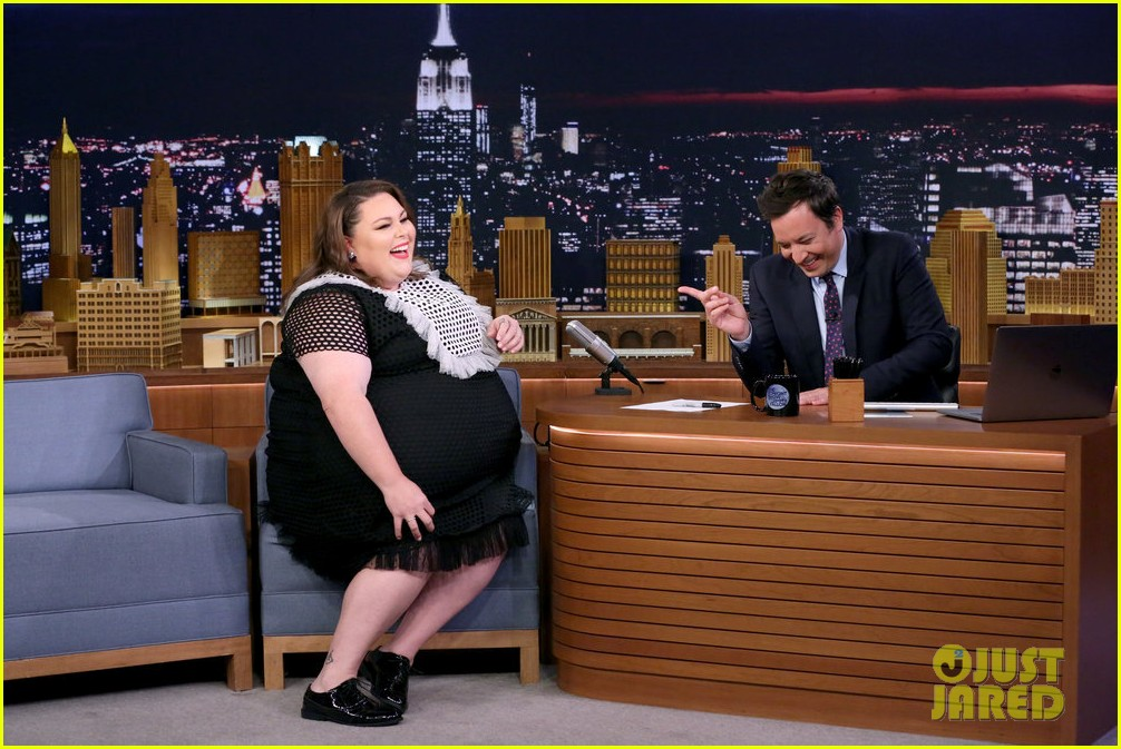 chrissy metz shows off her michael mcdonald impression on tonight show 023933675