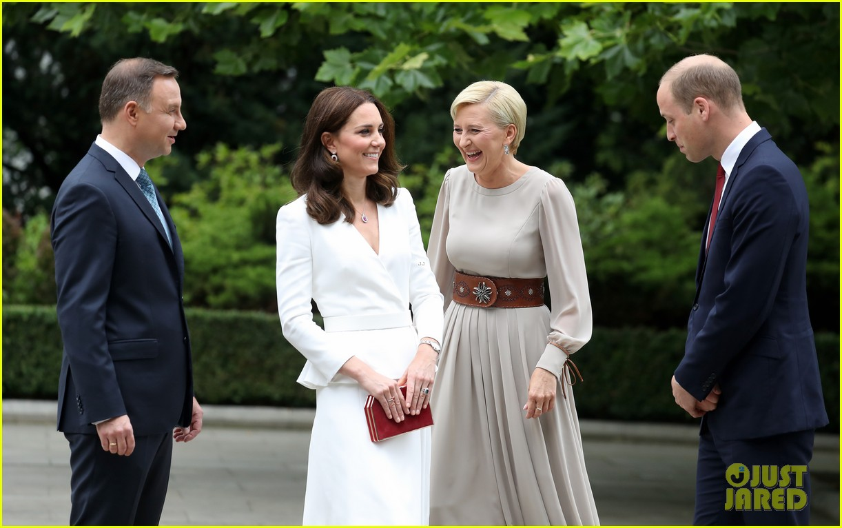 kate middleton prince william arrive in poland with george charlotte 103929249