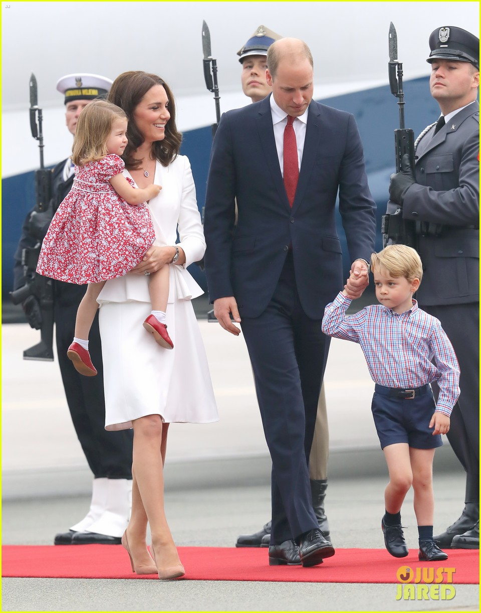 kate middleton prince william arrive in poland with george charlotte 123929251