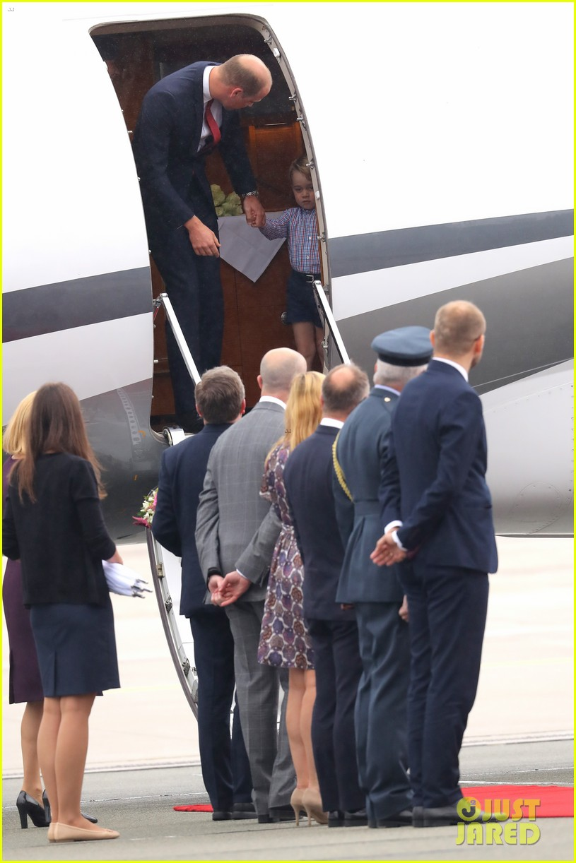 kate middleton prince william arrive in poland with george charlotte 163929255