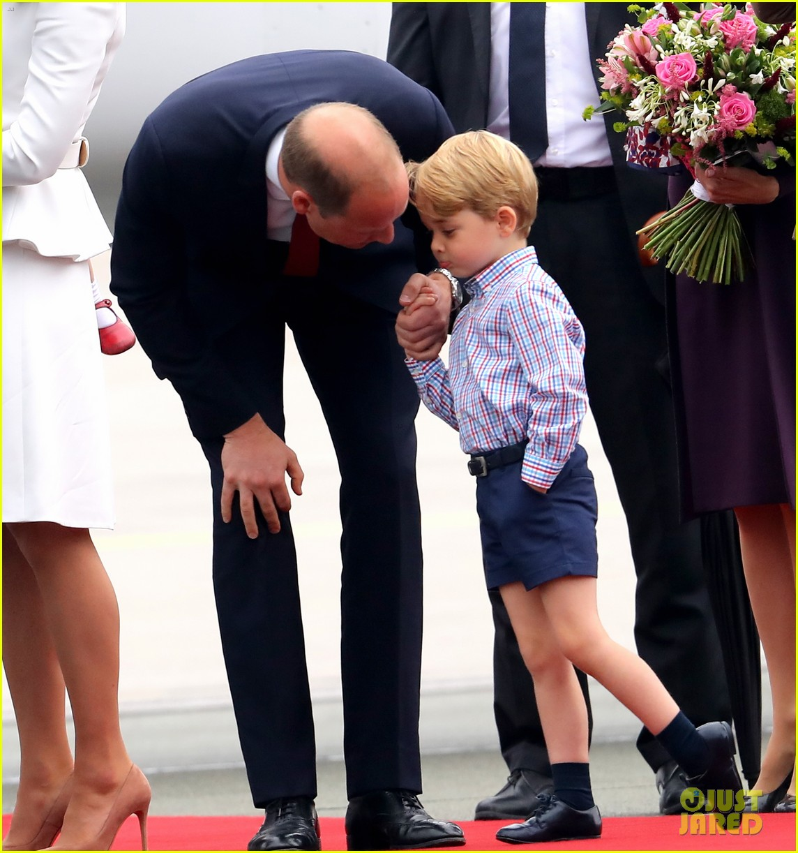 kate middleton prince william arrive in poland with george charlotte 183929257