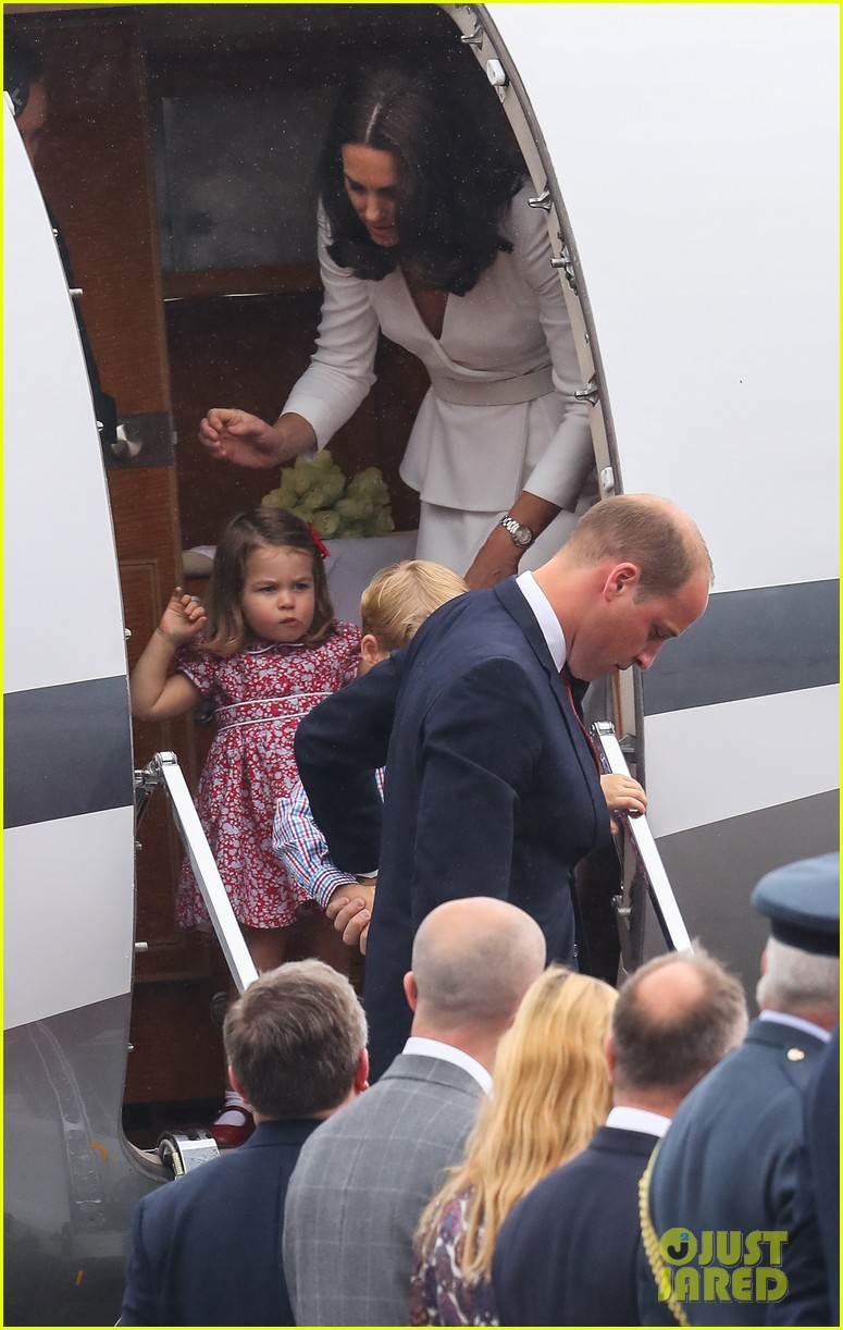 kate middleton prince william arrive in poland with george charlotte 283929267