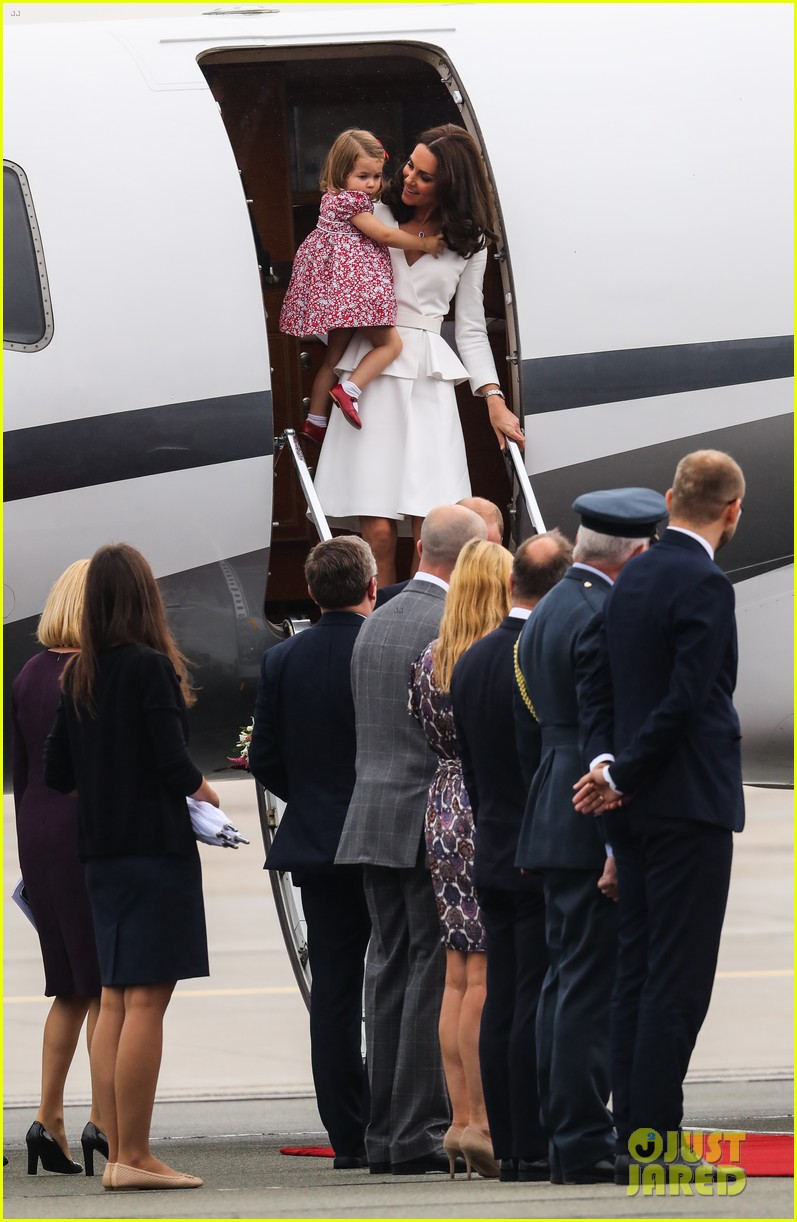 kate middleton prince william arrive in poland with george charlotte 313929270