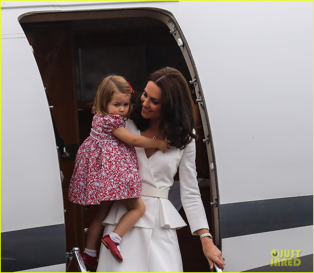 kate middleton prince william arrive in poland with george charlotte 323929271