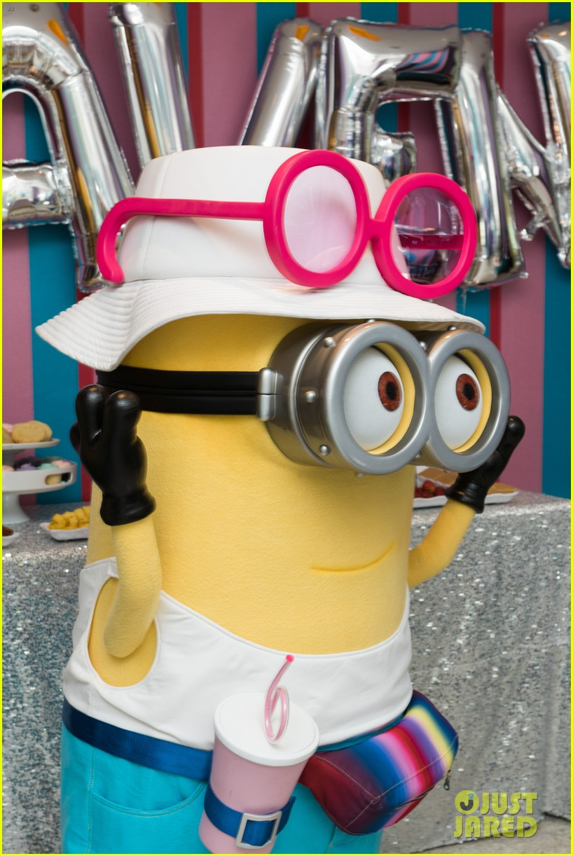 tracy morgans daughter celebrates birthday with minions 063922573