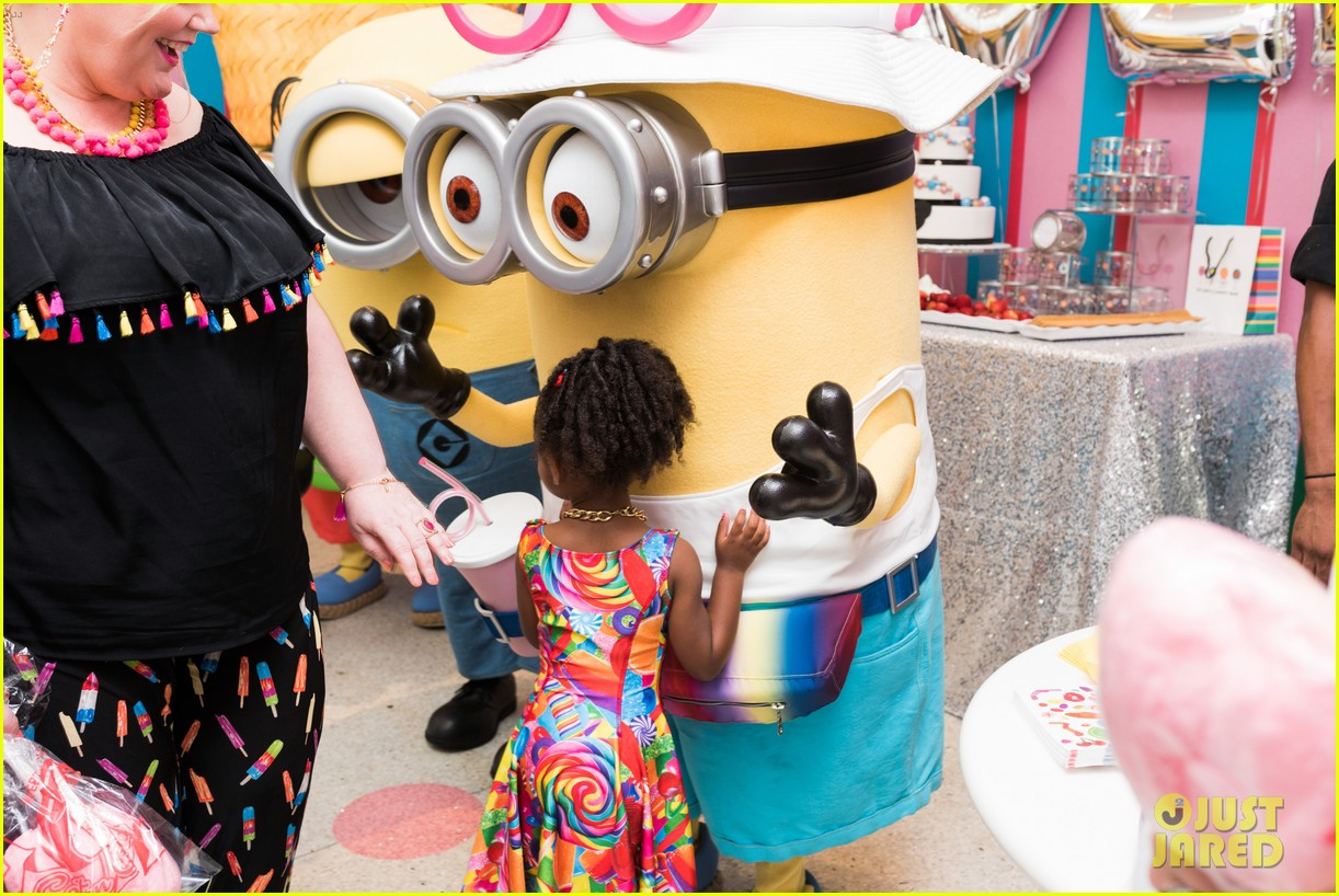 tracy morgans daughter celebrates birthday with minions 113922578