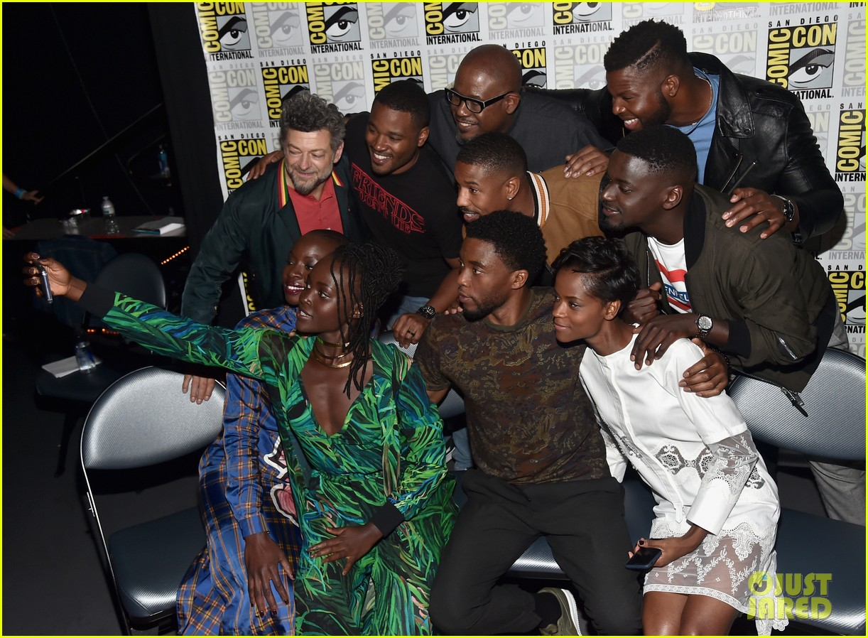 black panther cast debuts new movie poster at comic con 043932450