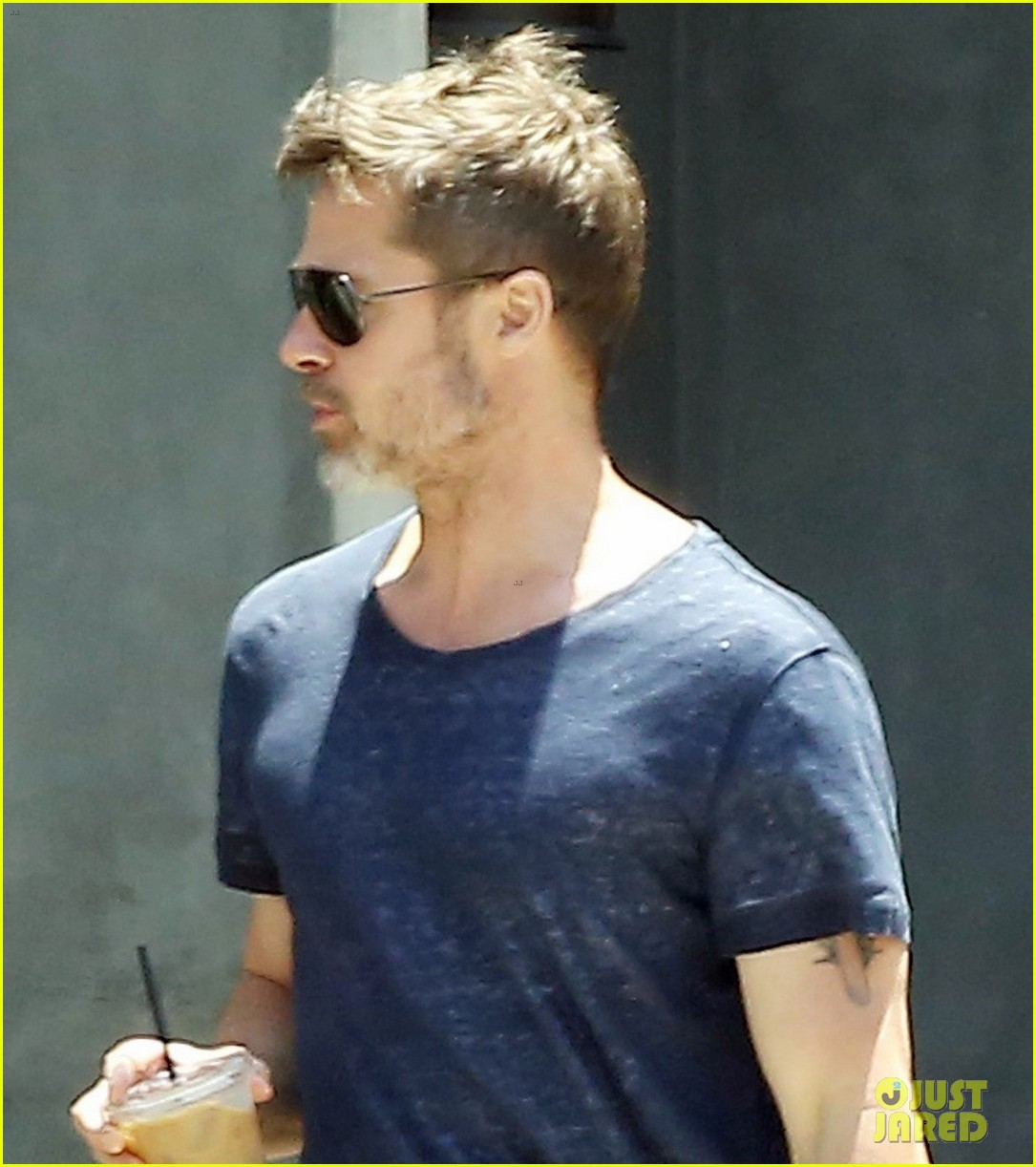 brad pitt sips on iced coffee after lunch with friends 02