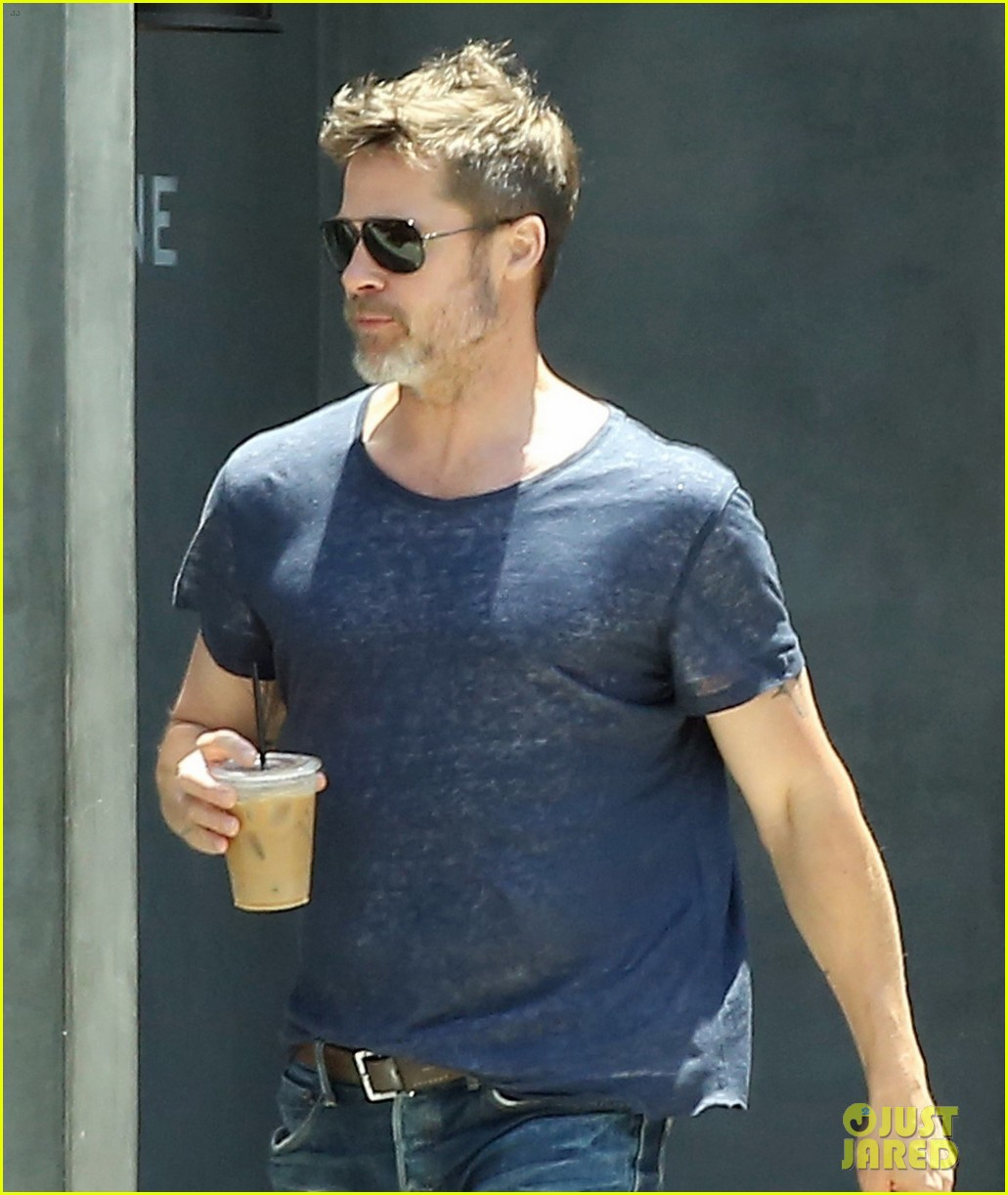 brad pitt sips on iced coffee after lunch with friends 043924470